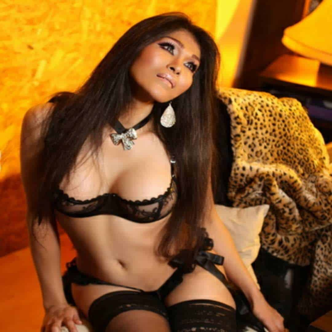 Shemale Escort Laria Visiting Istanbul Now | اسكورت شيميل اسطنبول